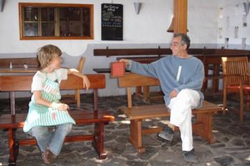 Galerie: Renovierung in Rot renovation 09 0001 Finca Argayall (La Gomera)