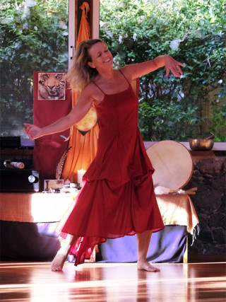 movement medicine full moon dance with Grace online 3.8. Grace dance Finca Argayall (La Gomera)