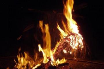 Galerie: Osterfeuer easterfire004 Finca Argayall (La Gomera)
