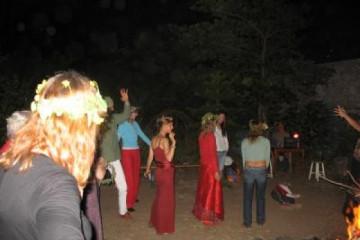 Galerie: Tanz in den Mai maitanz 1 06 04 31 Finca Argayall (La Gomera)