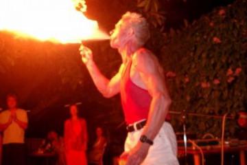 Gallery: Celebrate life babylightmyfire2 20040824 Finca Argayall (La Gomera)