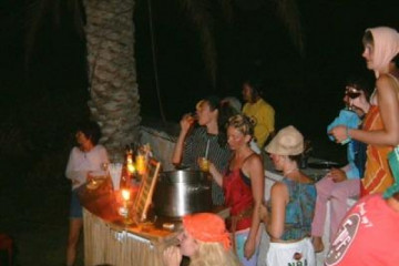 Gallery: Highlights 2004 life badtasteparty02 20030715 Finca Argayall (La Gomera)
