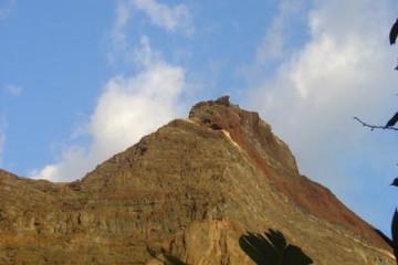 Galerie Finca Rundgang 2004 round hill 20040920 Finca Argayall (La Gomera)