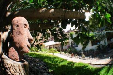 Galerie Finca Rundgang 2004 round thehead 20040725 Finca Argayall (La Gomera)