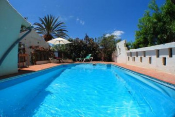 Gallery: Fincapaths 2004 round warmwaterpool01 20040725 Finca Argayall (La Gomera)