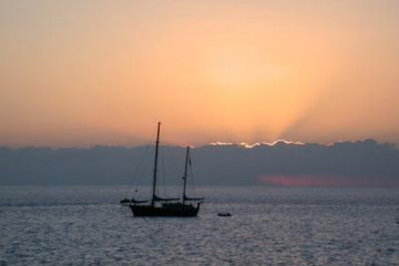 The best views 2004 ocean sunsetwithboats03 20040507 Finca Argayall (La Gomera)