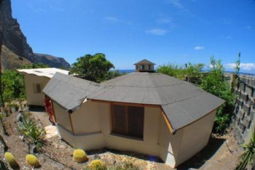 Galerie: Projekte 2003-2004 round sessionhut01 20040725 Finca Argayall (La Gomera)